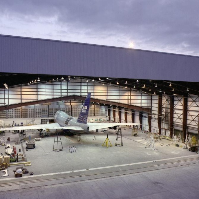 Flugzeug - Hangar
