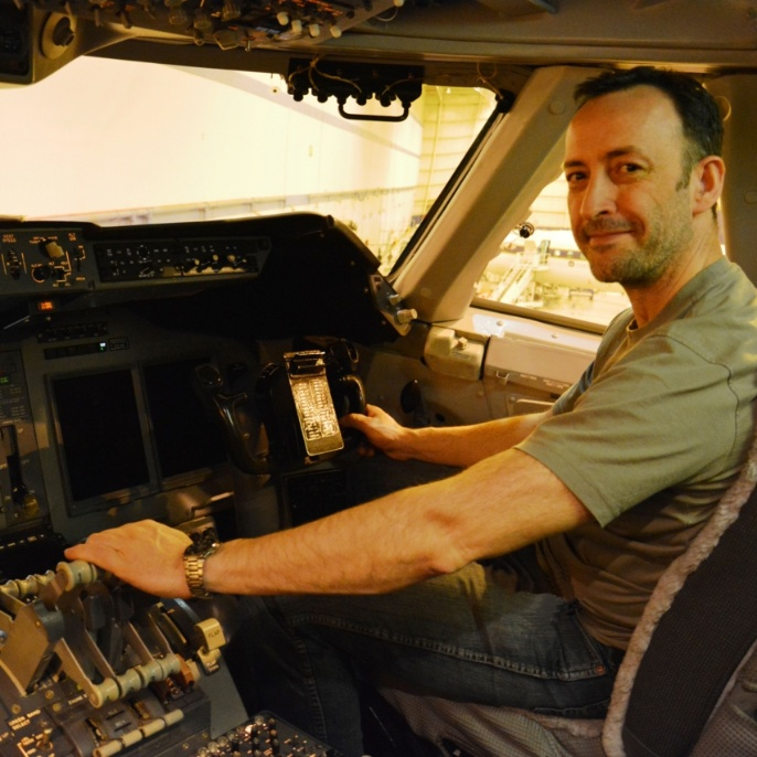 Frank Oßwald im Cockpit; copyright @ DSI