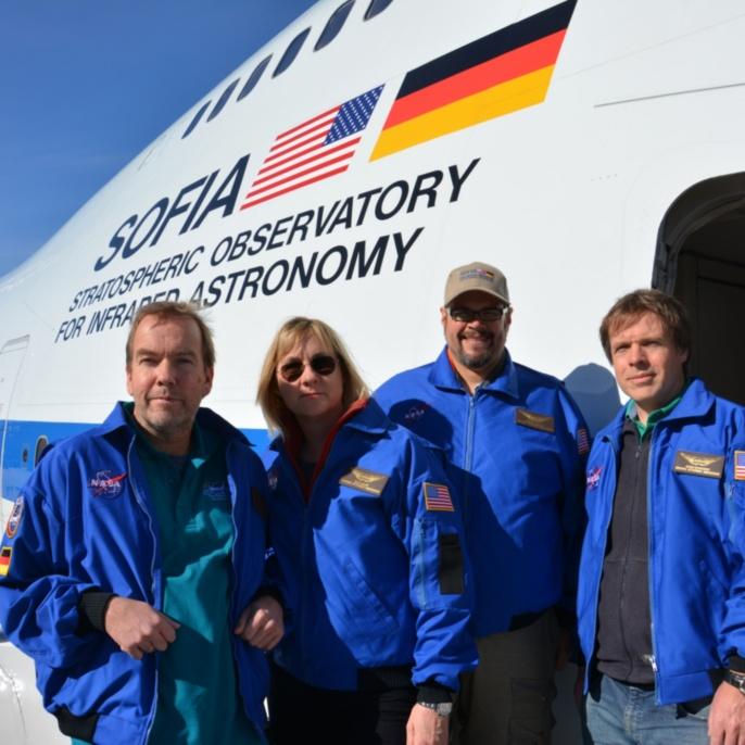 Stefan Burzin, Beate Brase, Karsten Schraut und Bernd Rohwedder vor SOFIA