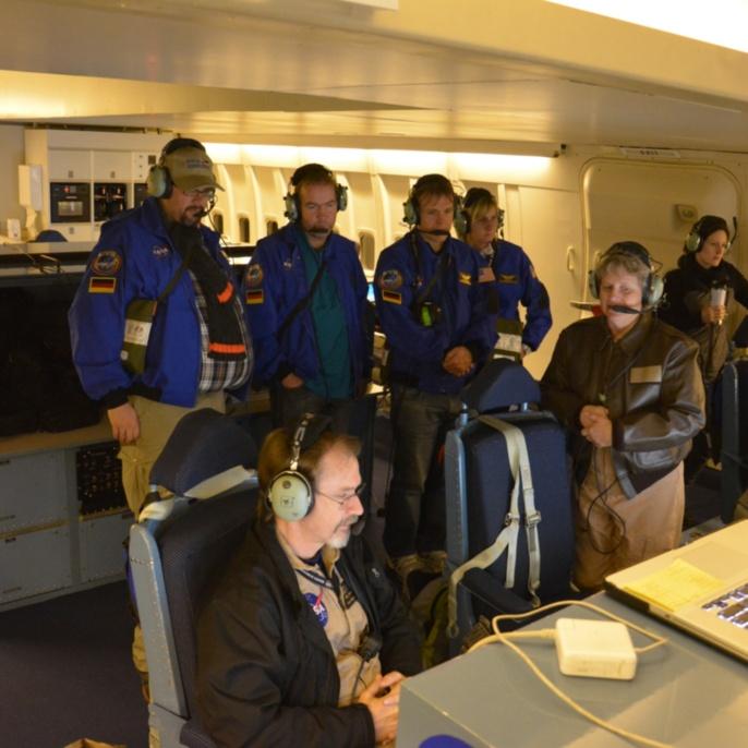 Nancy McKnown - Mission Director und Ken Bower - Flight Planner im Gespräch mit den Lehrkräften