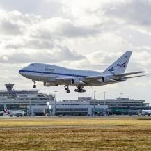 SOFIA landet um 15:33 am Flughafen Köln Bonn. DLR, Flughafen Köln Bonn